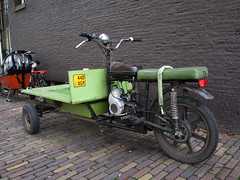 Motor Bakfiets (Arthur-A) Tags: netherlands amsterdam bicycle nederland velo fahrrad fiets bakfiets transportfiets
