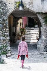 54/100_Red Stiletto_Shoe la vie! (red stilletto) Tags: red france stone stairs stair highheel highheels arch steps arches step heels heel archway redshoe redshoes gorbio redstilettos thefrenchriviera redstiletto gorbiofrance 100xthe2014edition 100x2014 image54100