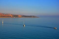 Orizzonti confusi (fiumeazzurro) Tags: chapeau sicilia anthologyofbeauty sailsevenseas sicilia2014