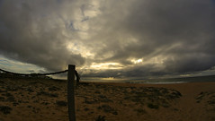 Autumn is coming (marcus20112011) Tags: ocean autumn sunset pordosol sea sun praia beach sunshine clouds mar sundown dusk nuvens oceano entardecer ofir margin margem septemberatsundown