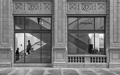 Framed (chrisar676) Tags: windows blackandwhite bw usa chicago window america canon eos us blackwhite illinois unitedstates fenster unitedstatesofamerica escalator streetphotography sw escalat