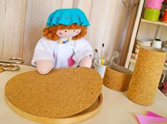 Cole um dos círculos na base do bastidor (Ateliê Bonifrati) Tags: cute diy artesanato craft escolar pap portatreco diadascrianças bastidor bonifrati façavocêmesmo superziper portacoisas