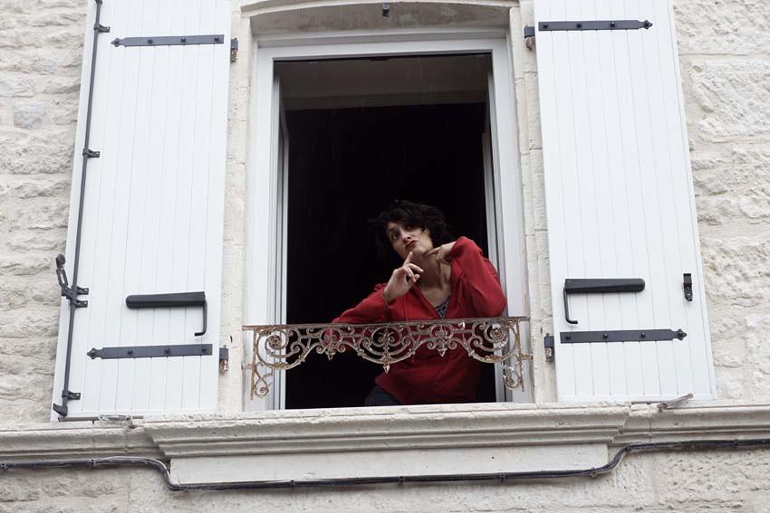 Fen tres sur rue mairie de niort for Fenetre sur rue
