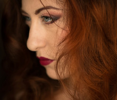 (Lilith Ecate) Tags: portrait woman selfportrait face self donna mujer perfil retrato cara autoretrato redhead autoritratto ritratto viso rostro profilo