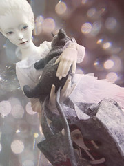 Escape from Empire of Dreams - silver (tarengil) Tags: xmas white fashion silver clothing rat doll sweet bokeh sd luv dreamy bjd tulle abjd dollmore zaoll