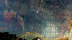 Markthal (Maerten Prins) Tags: distortion color colour reflection window netherlands glass grid rotterdam nederland mvrdv kleur reflectie spiegeling rotjeknor markthal explored