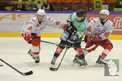 "OL15 Moskitos Essen vs. Ice Aliens Ratingen 17.10.2014 016.jpg • <a style=""font-size:0.8em;"" href=""http://www.flickr.com/photos/64442770@N03/15623451012/"" target=""_blank"">View on Flickr</a>"