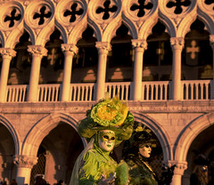 Strafing Jaded Costume, Venice/San Marco (filippogatteschi) Tags: mask costume carnival holiday festivity daylight venice venezia streetphotography street urban art fineart artisticphotography canoneos70d tamron2470 frame background history architecture detail close up lagoon green dawn sunrise warm colorful colorimage yellow arches palace building softfocus woman