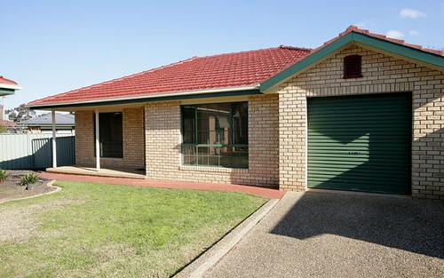 5/6 Chambers Place, Central, Wagga Wagga NSW 2650