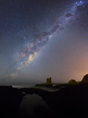 Emu over Cathedral Rocks (ourkind) Tags: milkyway astronomy newsouthwales nightscape astrophotography universetoday universe canon crux emuinthesky coast ocean sky stargazingabc galaxy core cathedralrocks kiama