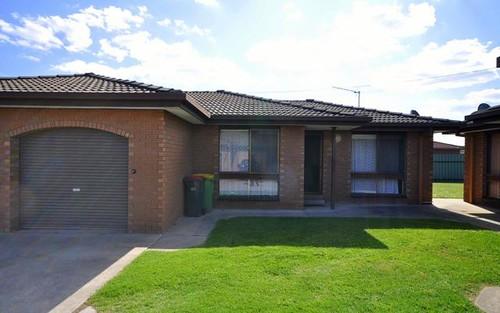 2/384 Kaylock Road, Lavington NSW 2641
