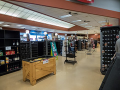 Checkouts... (Nicholas Eckhart) Tags: america us usa columbus ohio oh retail stores former closed empty closing gianteagle supermarket groceries interior