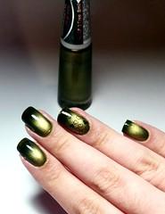 Cana Black - Ludurana Degradê  (Bruna Marquezine) (Fer Valquiria) Tags: ludurana luduranadegrade brunamarquezine magnetico esmaltemagnetico canablack unhas esmaltes nails nailart nailpolish polish polishnails magneticnails magnetic