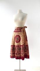 1970s batik print cotton wrap skirt (Small Earth Vintage) Tags: smallearthvintage vintageclothing vintagefashion skirt 1970s 70s wrapskirt cotton batikskirt blockprint