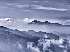 Misty Mountains (verweile.doch) Tags: zanggen pala misty mountains paladisanto altoadige südtirol talia italy italien berge monochrome mist trüb blurred nature natur landschaft landscape verweiledoch