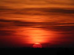 Sunset (Kitty Terwolbeck) Tags: orange sun black yellow night sunrise evening twilight zonsondergang sundown nacht dusk horizon nighttime gloom avond glimmer zon gloaming ondergaandezon
