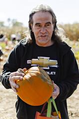 DSC_0657 (joeypedras) Tags: flowers autumn fall apple 35mm nikon pumpkins farms picking alstede d5100