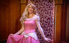 Princess Aurora | Into the Magic (chris.alcoran) Tags: lighting white snow color ariel colors canon project photography eos hall princess disneyland magic royal disney aurora coloring princesses fantasyland 6d intothemagic