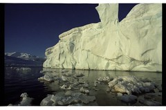 1998_12-006-18-G (becklectic) Tags: reflection antarctica 1998 iceberg icefloe views100 antarcticpenninsula worldtrekker