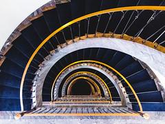 Golden Snail (Philipp Gtze) Tags: weimar treppe staircase treppenhaus