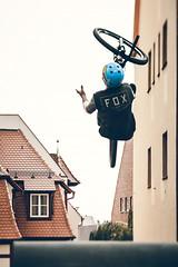 Red Bull District Ride 2014 (SpechtPhotodesign) Tags: street mamiya upsidedown nuremberg mountainbike flip fox mtb ts nrnberg backflip tiltshift mirex