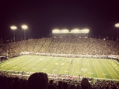 Oregon vs Arizona at Autzen Stadium (pete4ducks) Tags: oregon football eugene 500views universityoforegon universityofarizona iphone collegefootball 2014 autzenstadium