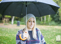 charlotte umbrella (nuzik - http://nuzik.photography) Tags: park autumn rain natural daughter wife stunner