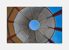 Oculo (guillecabrera) Tags: abstract architecture canon lookingup oculus canond30 oculo