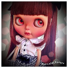 I just can't stop to miss her, my little vampire, Momolita DK. 👻🎃👻 #blythe #momolita #marlondk #dollskingdom #toyartistry #cravero