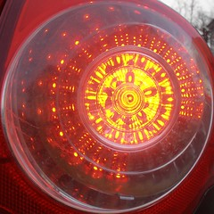 Circled lights (sq#0276) (Navi-Gator) Tags: red car led squaredcircle skipped bingo3 flickrbingo3i22