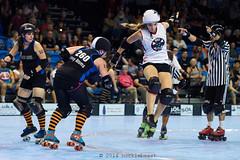 2bombshells_vs_badapples_L3408743 1 (nocklebeast) Tags: ca usa santacruz rollerderby rollergirls skates caffiend badapples scdg rdpc santacruzboardwalkbombshells apexjump