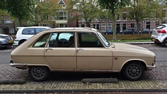 Renault 16 TX (sjoerd.wijsman) Tags: auto holland cars netherlands car leiden beige tx nederland thenetherlands voiture renault vehicle holanda 16 autos paysbas olanda hatchback fahrzeug niederlande zuidholland onk carspotting renault16 carspot 16tx cwodlp renault16tx 97uh12 sidecode3