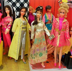 BROCADE SHINE AT AFTERNOON TIME (ModBarbieLover) Tags: 1969 mod shine barbie 1970 tnt brocade