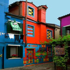 A colourful style / Uno stile pittoresco. (Giorgio Ghezzi) Tags: house color colour casa colore burano bepi casabepi giorgioghezzi