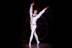 Cast change: Matthew Golding to dance in Manon on 29 October 2014