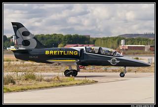 L-39 Albatros ES-YLR (HOMBRE DE NEGRO)