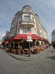 Another Cafe, another area in Paris!