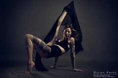 Cloth-toy (Helinophoto) Tags: dancer canon5dmkiii canon24105f4 studio
