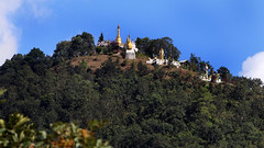 Day-trip north from Kalaw - Monastery on the hilltop (Myanmar) (Laszlo Bolgar) Tags: kalaw myanmar taunggyi daytrip monastery monks mmr