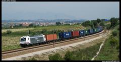 TECO en Lavern (javier-lopez) Tags: ffcc railway train tren trenes adif renfe mercancías teco contenedor contenedores 253 traxx sgs sgss mmc lgnss mc mc3 cma cgm aws triton barcelonamorrot bilbaomercancías lavern subirats lavernsubirats 30042009