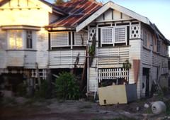 - (_barb_) Tags: holga holga135 kodakcolor200 australia cairns suburbia derelict decay film 35mm weatherboard queenslander