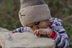 முகம் (Kals Pics) Tags: face portrait cwc chennaiweekendclickers roi rootsofindia innocence life kid boy baby muffler sweater people travel agra uttarpradesh india children childhood cute sweet monkeycap kalspics