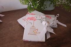 IMG_9741 (Large) (Mimos Art - Para mamães e noivas) Tags: lembrancinha nascimento aniversário chádebebê temajardim gaiolinha borboletas blocodeanotaçãolembrancinha