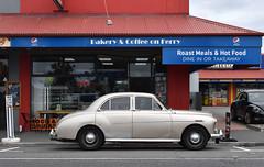 1958 Wolseley 15/50 (stephen trinder) Tags: gold stephentrinder stephentrinderphotography aotearoa nz newzealand kiwi landscape 1550 parked woolston ferryroad christchurch christchurchnewzealand thecarsofchristchurch
