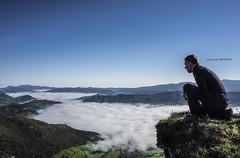 Autorretrato (Jabi Artaraz) Tags: jabiartaraz jartaraz zb euskoflickr vistas valle orduña disfrute paz serenidad montaña autorretrato gloxy timeremotecontrol mandoadistancia100m