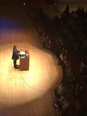 2017-03-30 21.50.22 (FrogMiller) Tags: neilgaiman gaiman author lecture speech talk segerstrom costamesa