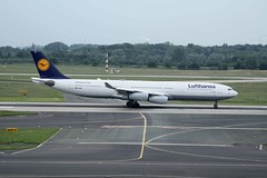 D-AIGV (IndiaEcho Photography) Tags: canon germany eos airport aircraft aviation aeroplane airbus dusseldorf lufthansa a340 airfield dus eddf daigv 1000d