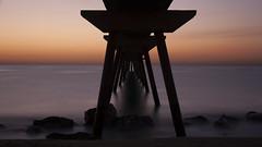 Badalona - Pont de Petroli (Rjianis) Tags: barcelona beach sunrise canon eos spain amanecer sonnenaufgang mediterraneansea badalona espanya mittelmeer 1000d canoneos1000d