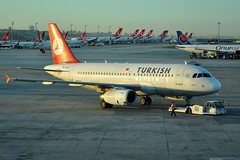 TC-JLO (airlines470) Tags: msn airlines ist turkish a319 2631 tcjlo tcogu