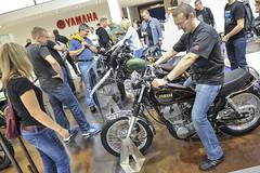 Stand: Yamaha